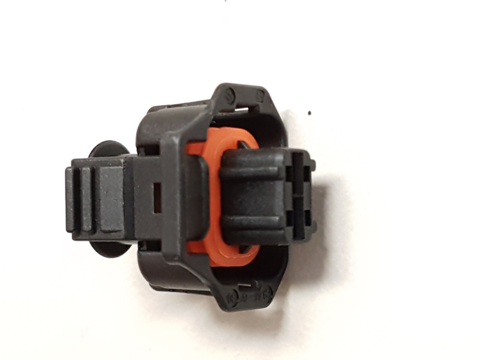 Connectors for diesel electric systems